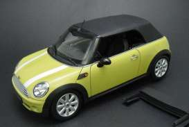 Kyosho - Mini  - kyo8749y : 2009 BMW Mini Cooper convertible R57 with removable softtop and tonneau cover, rear trunk has got specially designed metal hings for authentic action, yellow