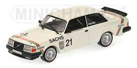 Minichamps - Volvo  - mc400851753*1 : Volvo 240 Turbo DTM 1985 Stureson Champion Team IPS Racing