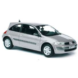 Norev - Renault  - nor517634 : 2002 Renault Megane Coupe, silver