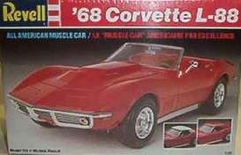 Revell - US - Chevrolet  - rmxs7159^6 : 1968 Chevrolet Corvette L-88 convertible 2-n-1 you can build convertible and hardtop, plastic modelkit
