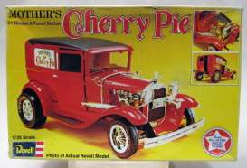 Revell - Germany - Ford  - rmxsH1323^1 : Mother's Cherry Pie, plastic Modelkit
