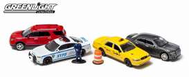 GreenLight - Assortment/ Mix  - gl56090 : New York Traffic Scene 5-car Diorama set.