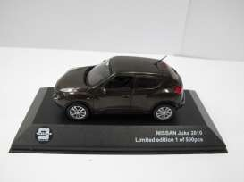 J Collection - Nissan  - T9-43035 : 2010 Nissan Juke, brown with black interior.