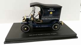 Motor City Classics - Ford  - mocity88121 : 1917 Ford Model T Van New York Police Department.
