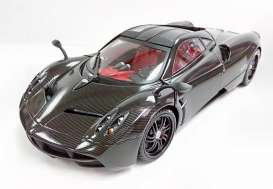 Motor Max - Pagani  - mmax79160cbnTDC : 2013 Pagani Huayra *Platinum Series*. Complete Carbon limited edition, carbon/black
