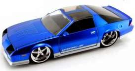 Jada Toys - Chevrolet  - jada91283b*1 : 1985 Chevy Camaro with Convo Pro Wheels *Big Time Muscle*