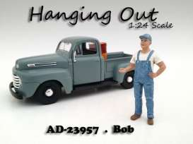 American Diorama - Figures  - AD23957 : 1/24 *Hanging Out* Bob