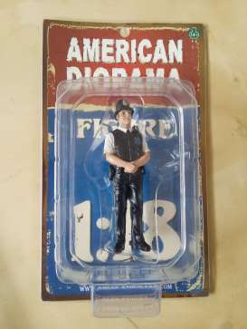 American Diorama - Figures  - AD23992 : 1/18 UK Police Men Figure. Great Diorama item to add to all your 1/18 English Police Cars.