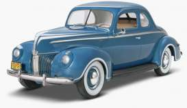 Monogram - Ford  - mono4371 : 1940 Ford Standard Coupe, plastic modelkit