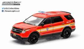 GreenLight - Ford  - gl42720E : 2014 Ford Explorer Official Fire Department City of New York (FDNY), Hot Pursuit series 15