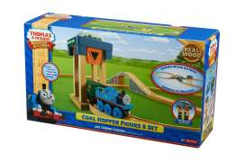 Mattel Thomas and Friends - Thomas and Friends  - MatY4091 : Thomas and friends Wooden Railway *Coal Hopper* figure 8 play set. Including Thomas, Cargo Car, Coal Cargo & Bridge.