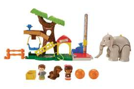 Mattel Little People - Mattel Fisher-Price Kids - MatCHF55 : Little People Big Animal Zoo. Great playset  including animals and figures.