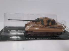 Magazine Models - Combat Vehicles  - magCV-23 : #23 Combat Vehicles Series Pz.Kpfw VI Ausf.B Tiger II