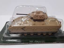 Magazine Models - Combat Vehicles  - magCV-14 : #14 Combat Vehicles Series M2 Bradley