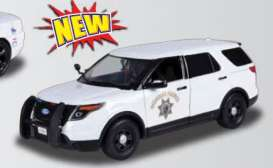 Motor Max - Ford  - mmax76957 : 2015 Ford Police Interceptor Utility California Highway Patrol, white