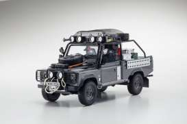 Kyosho - Land Rover  - kyoKSR8902tr : Land Rover Defender Famous Movie Car Edition (Lara Croft) *resin Samurai series*