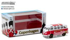 GreenLight - Volkswagen  - gl51050 : 1962 Volkswagen Samba Bus *I Love Copenhagen*, white/red in Special packaging.