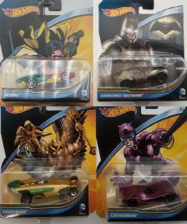 Hotwheels - Assortment/ Mix  - hwmvDKJ66-965B~8 : Hotwheels DC Comics Characters Car Assortment of 8