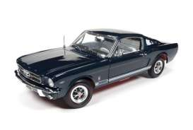 Auto World - Ford  - AMM1093 : 1965 Ford Mustang GT (2+2), blue