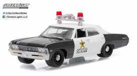 GreenLight - Chevrolet  - gl42770A : 1967 Chevrolet Biscayne Clark County Nevada Sheriff *Hot Pursuit series 20*