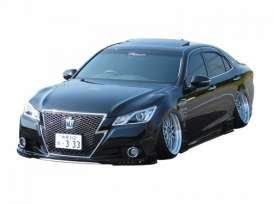 Aoshima - Toyota  - abk108560 : 1/24 2012 Toyota Crown Royal Athlete G Vlene GRS214, plastic modelkit
