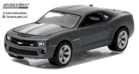 GreenLight - Chevrolet  - gl27870D : 2012 Chevrolet Camaro SS *General Motors Series 1*, ashen grey
