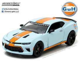 GreenLight - Chevrolet  - gl18233 : 2017 Chevrolet Camaro SS Gulf Oil, orange/gulf blue