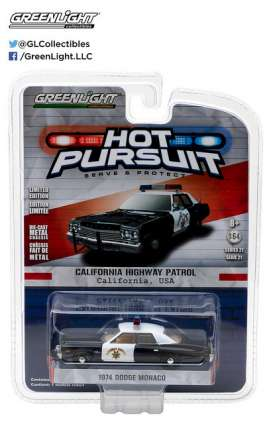 GreenLight - Dodge Ram - gl42780A : 1974 Dodge Monaco California Highway Patrol *Hot Pursuit series 21*