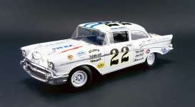 Acme Diecast - Chevrolet  - acme1807002 : 1957 Chevrolet Bel Air Stock Car #22 *Fireball Roberts*