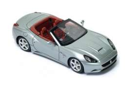 Bburago - Ferrari  - bura56011g : Ferrari California T Open Top Race & Play, grey
