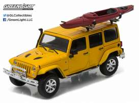 GreenLight - Jeep  - gl86081 : 2016 Jeep Wrangler Unlimited with Winch, Snorkel and Kayak, metallic yellow