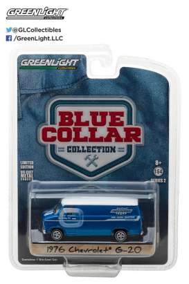GreenLight - Chevrolet  - gl35060C : 1976 Chevrolet G-20 *Yenko Parts*, Blue Collar Collection Series 2.