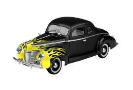 Motor Max - Ford  - mmax73108bky : 1940 Ford Deluxe Coupe Yellow Flame, black/yellow