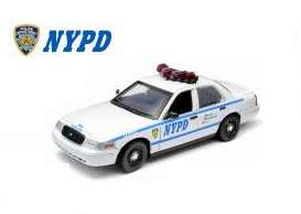 GreenLight - Ford  - gl91005 : 1/18 Ford Crown Victoria New York City Police Department (NYPD) Interceptor 2.4 GHz Remote Control *Hollywood Remote Control Series*