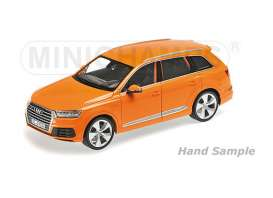 Minichamps - Audi  - mc110014004 : 2015 Audi Q7 with 6 openings, orange