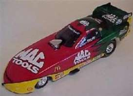 Pontiac  - 2000 red/yellow/green - 1:24 - Action Performance - actfun2400mt | Toms Modelautos
