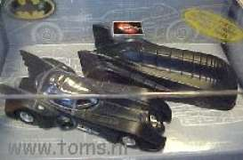 Batman  - black - 1:64 - Hotwheels - mv04426 - hwmv04426 | Tom's Modelauto's