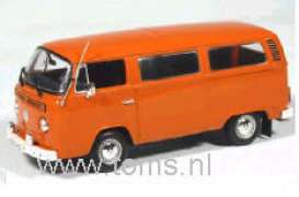 Volkswagen  - 1972 Orange - 1:43 - Minichamps - 400053000 - mc400053000 | Tom's Modelauto's