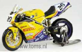 Ducati  - 2003 yellow - 1:12 - Minichamps - 122031220 - mc122031220 | Tom's Modelauto's