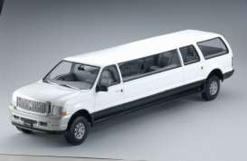 Ford  - Excursion Limousine 2002 oxford white - 1:18 - SunStar - 3932 - sun3932 | Tom's Modelauto's