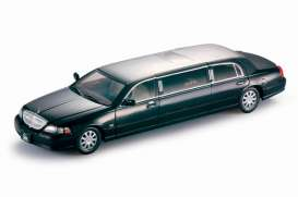 Lincoln  - 2003 black - 1:18 - SunStar - sun4202 | Tom's Modelauto's