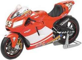 Ducati  - 2004 red - 1:12 - Minichamps - 122040065 - mc122040065 | Tom's Modelauto's