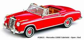 Mercedes Benz  - 1959 red - 1:43 - Vitesse SunStar - 28621 - vss28621 | Tom's Modelauto's