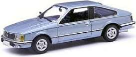 Opel  - 1980 blue metallic - 1:43 - Minichamps - 400045120 - mc400045120 | Tom's Modelauto's
