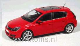 Opel  - 2004 red - 1:43 - Minichamps - 400043000 - mc400043000 | Tom's Modelauto's