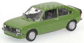 Alfa Romeo  - 1974 green - 1:43 - Minichamps - 400120164 - mc400120164 | Tom's Modelauto's
