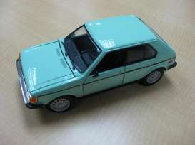 Plymouth  - 1985 light green - 1:24 - Motor Max - 73341gn - mmax73341gn | Toms Modelautos