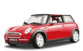 Mini  - 2001 red w/white roof - 1:18 - Bburago - 12034r - bura12034r | Toms Modelautos