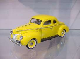 Ford  - 1940 yellow - 1:18 - Motor Max - 73108y - mmax73108y | Tom's Modelauto's