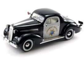 Pontiac  - 1936 black/white - 1:18 - Signature Models - sig18140 | Tom's Modelauto's